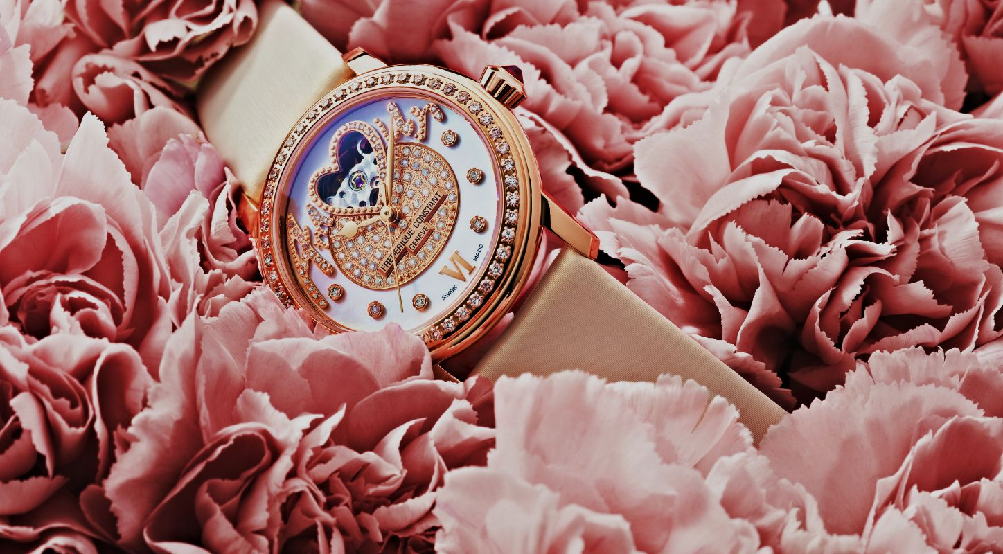 Reviewing The Perfect Ladies' Frederique Constant Amour Pavee Heart Beat Watch Replica